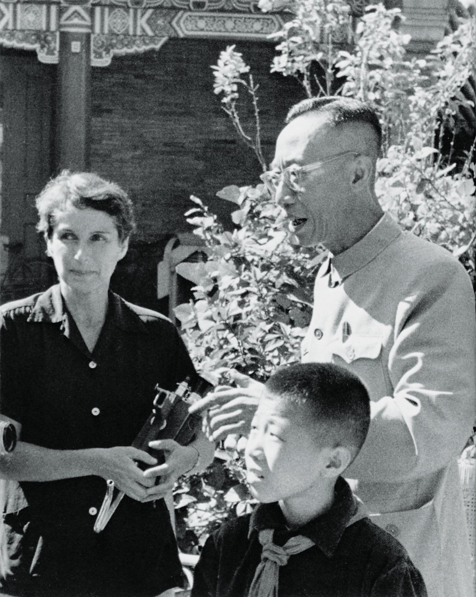愛新覚羅溥儀のと幼少期の王昭